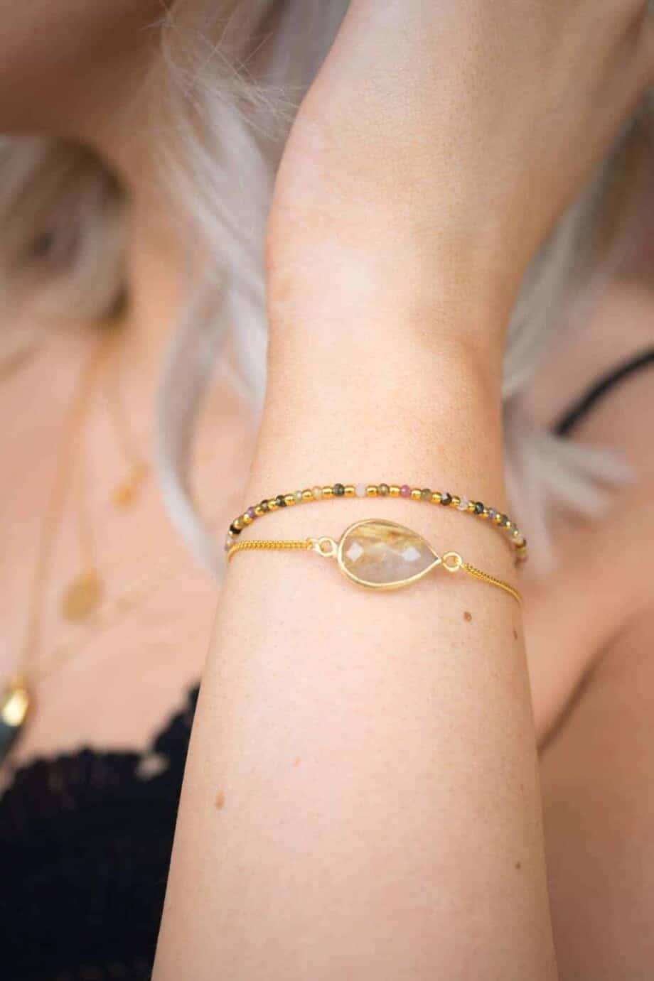 Handgemaakte Gouden armband met edelsteen Rutilated Quartz
