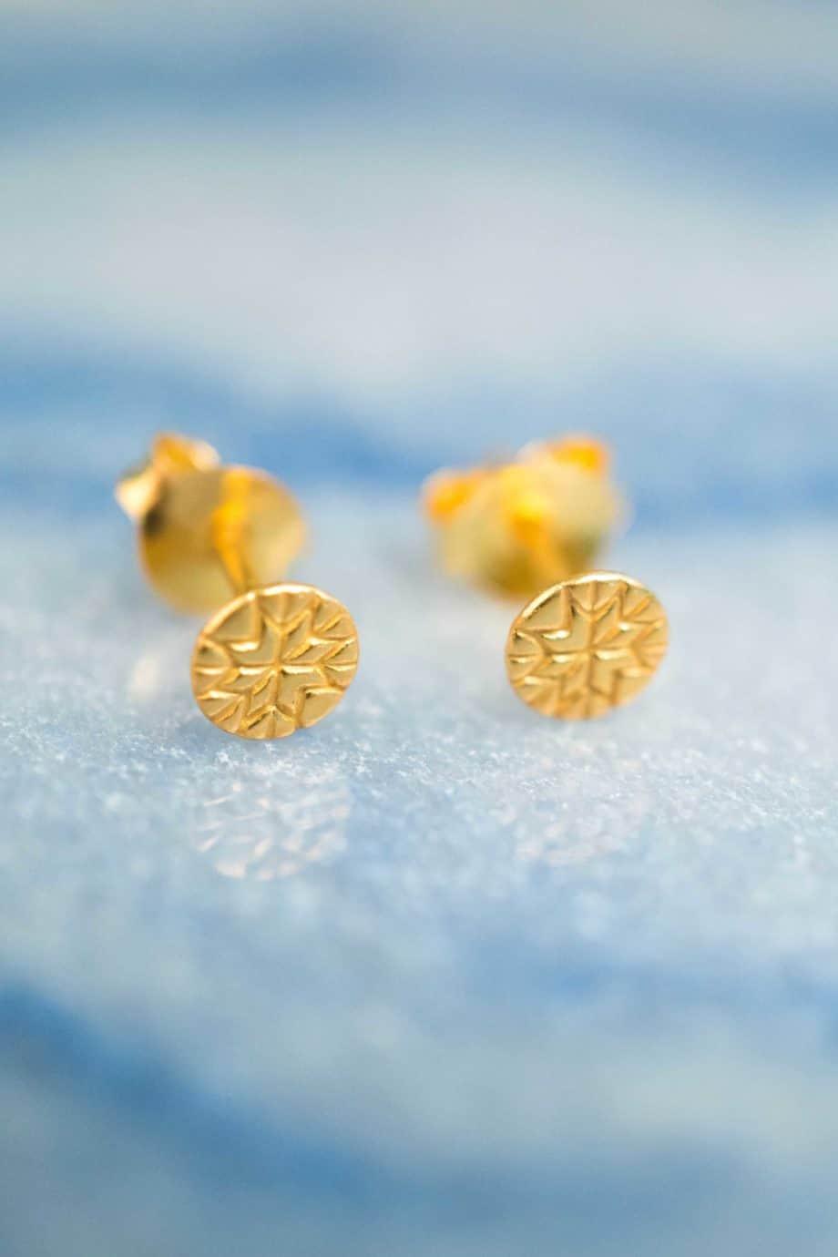 Gouden oorbellen 'Coin' studs van Goud Vermeil