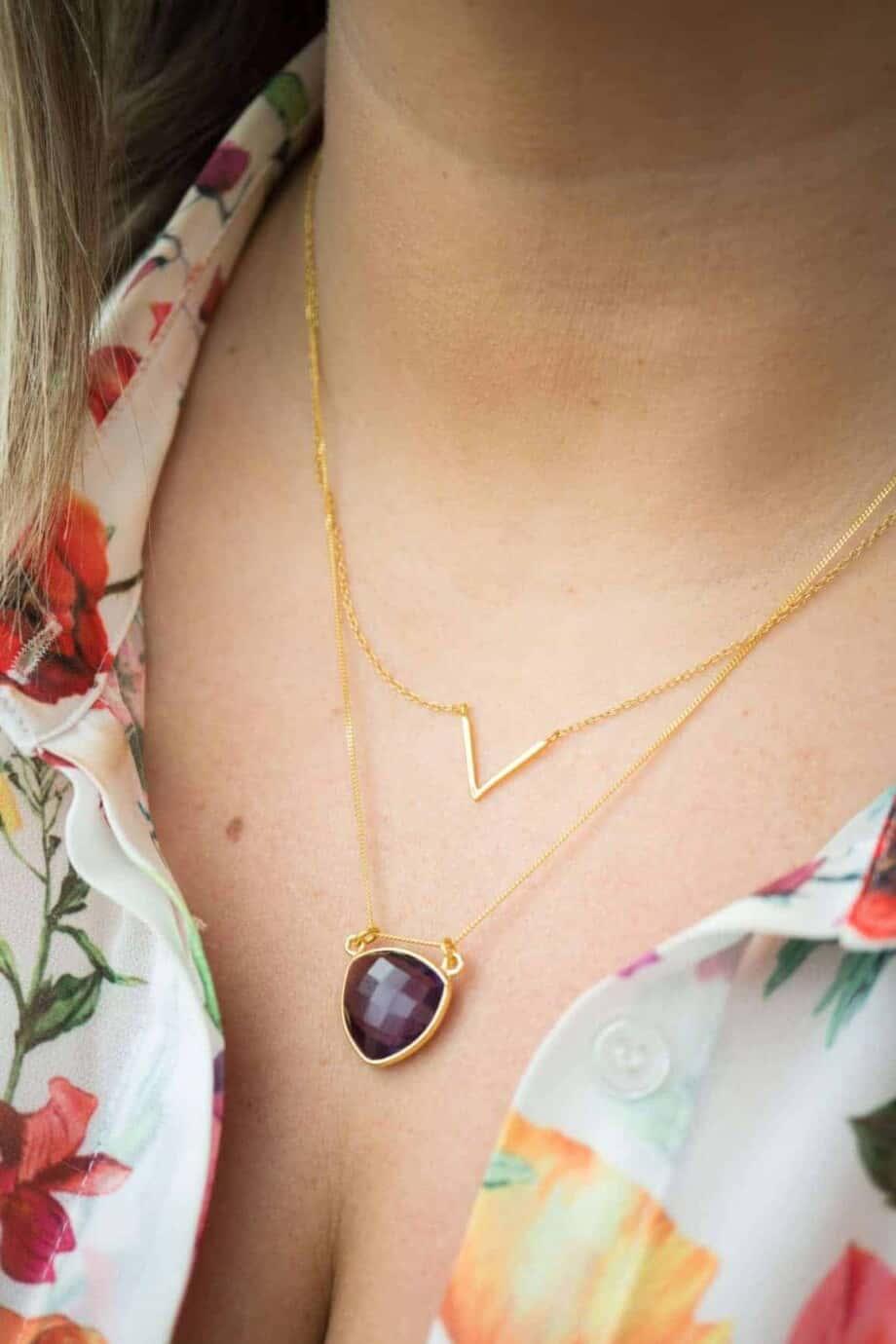 Handgemaakte Gouden ketting met paarse edelsteen 'Amethist'