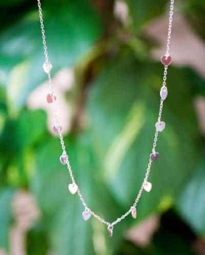 Zilveren ketting met hartjes hangers 'Queen of Hearts' van Sterling Zilver