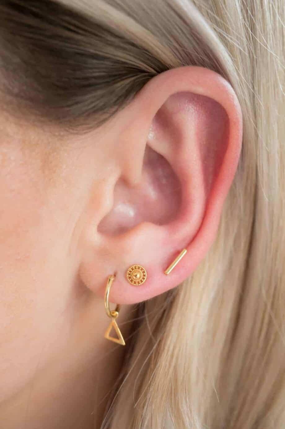 Gouden oorbellen 'Shield' van Goud Vermeil