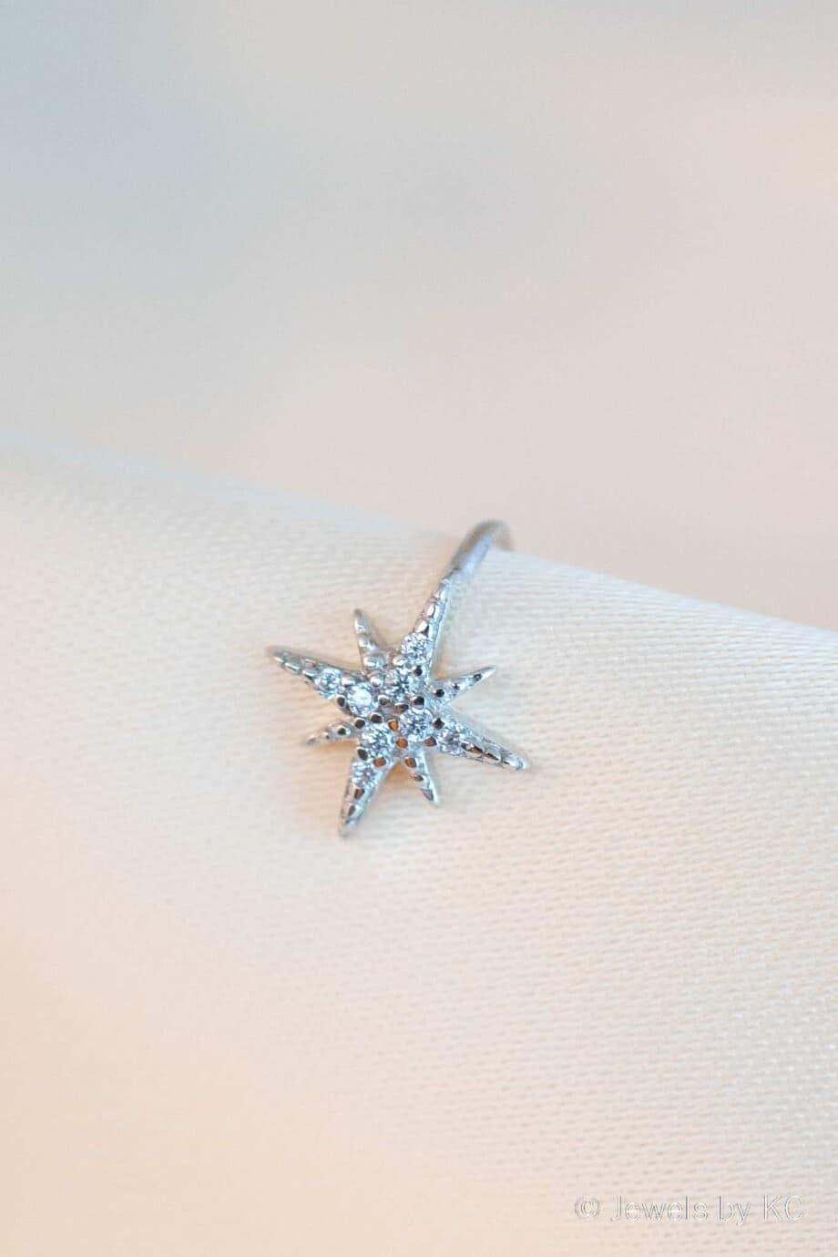Zilveren ear cuff 'Twinkle' van Sterling Zilver met Zirkonia steentjes