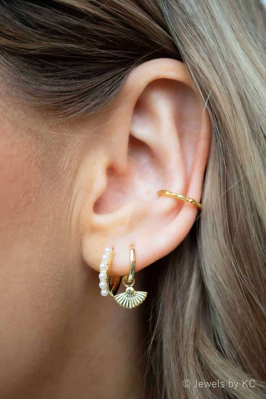 WS-EC-20033-Gouden ear cuff 'Narrow beauty' van Goud op Zilver