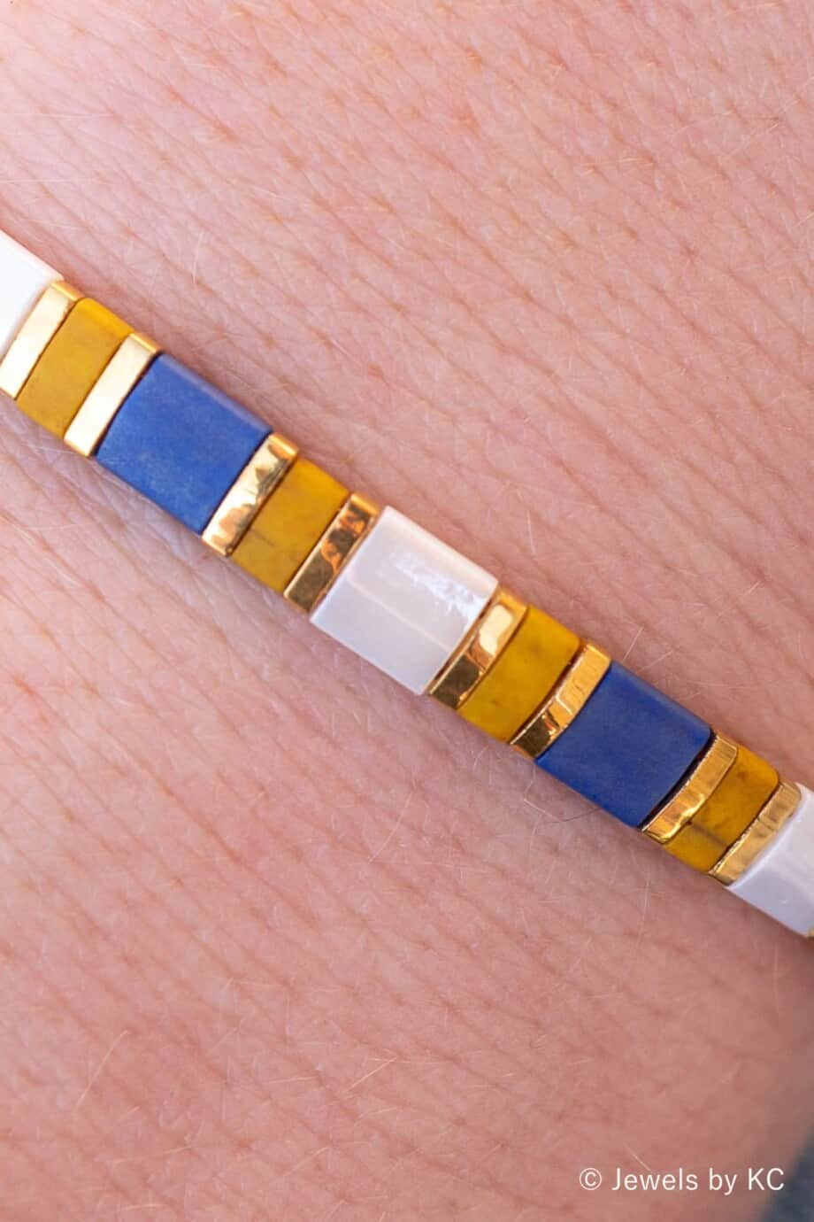 Gouden Miyuki Kralen armband Wit, Geel, Goud en Blauw