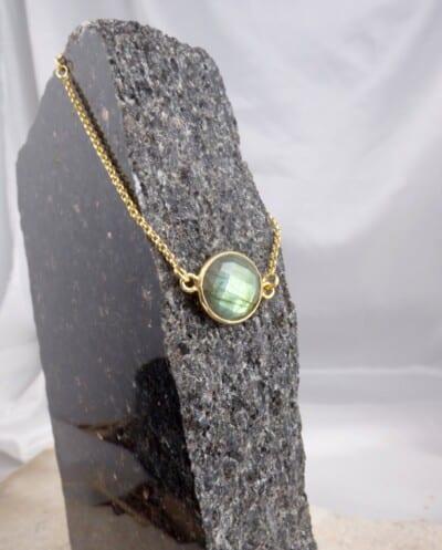 Gouden armband met groene Labradoriet edelsteen van Goud op Zilver